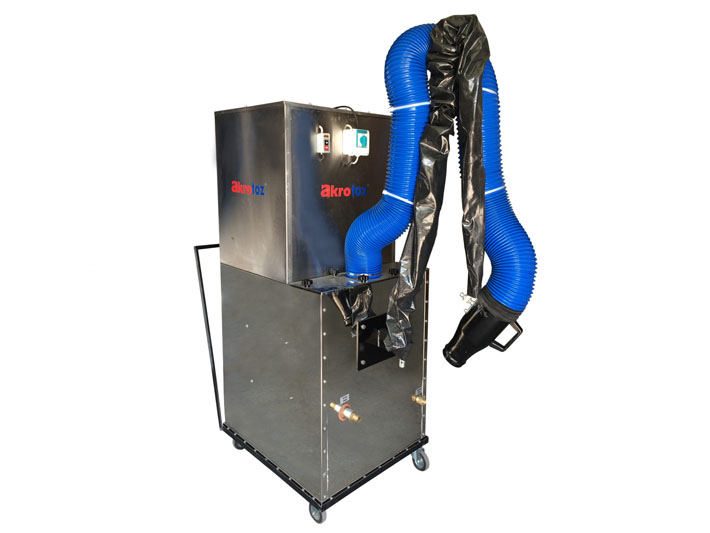 Mobile water type smoke extraction unit